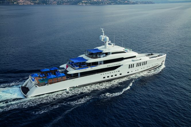 Luxury yacht SEASENSE - View of the 'beach club' on the main deck aft