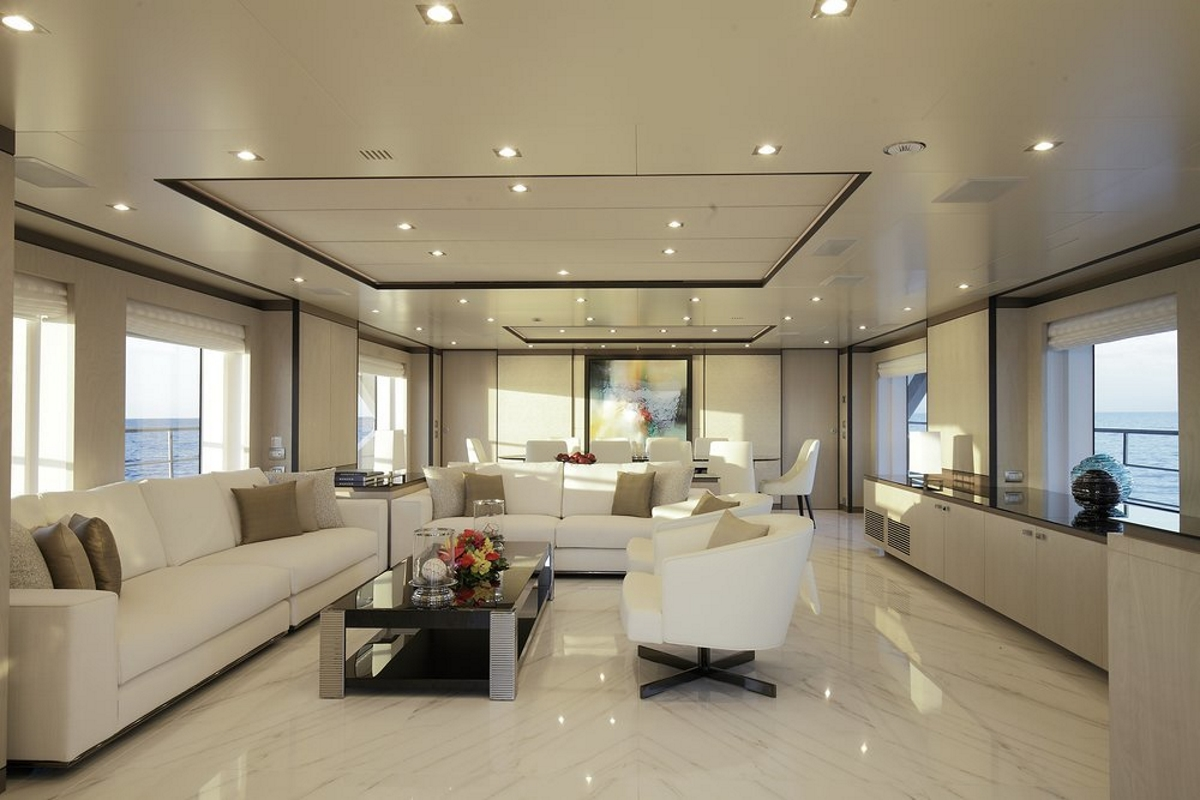 M/Y WILLOW - Main salon and formal dining area