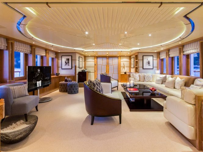 Motor yacht AIR - Salon