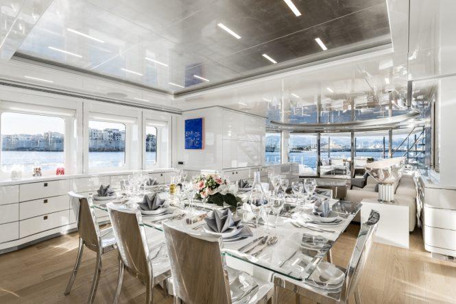Motor yacht DESTINY - Formal dining area and salon