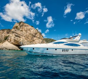 Special offer: Speedy open yacht Manu offering reduced Greece charters
