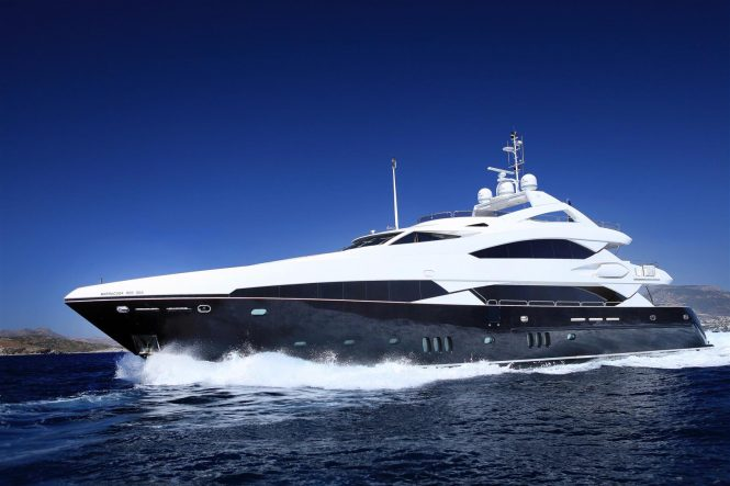 Sunseeker superyacht BARRACUDA RED SEA