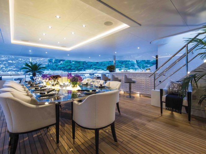 Superyacht 11.11 - Upper deck aft alfresco dining area