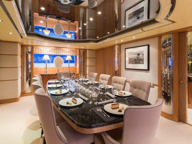 Superyacht AIR - Formal dining room