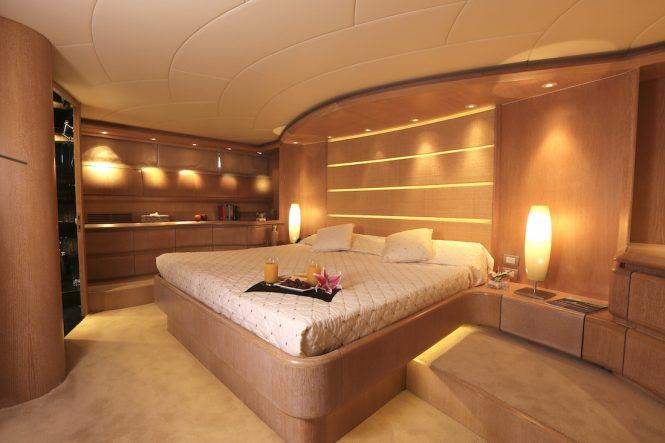 Superyacht IF - Master suite