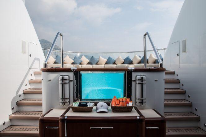 Anastasia by Oceanco - Jacuzzi tub with sunpads