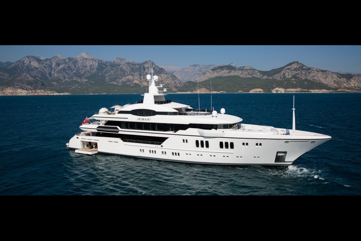 Luxury yacht IRIMARI - Built by Sunrise Yachts