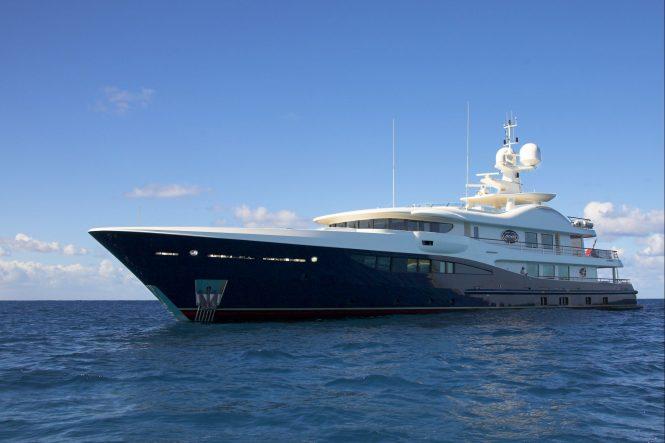 charter luxury yacht deniki in norway in summer 2018. Black Bedroom Furniture Sets. Home Design Ideas