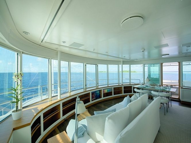 Superyacht SENSES - Observation lounge