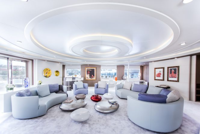 The bridge deck salon aboard superyacht SALUZI