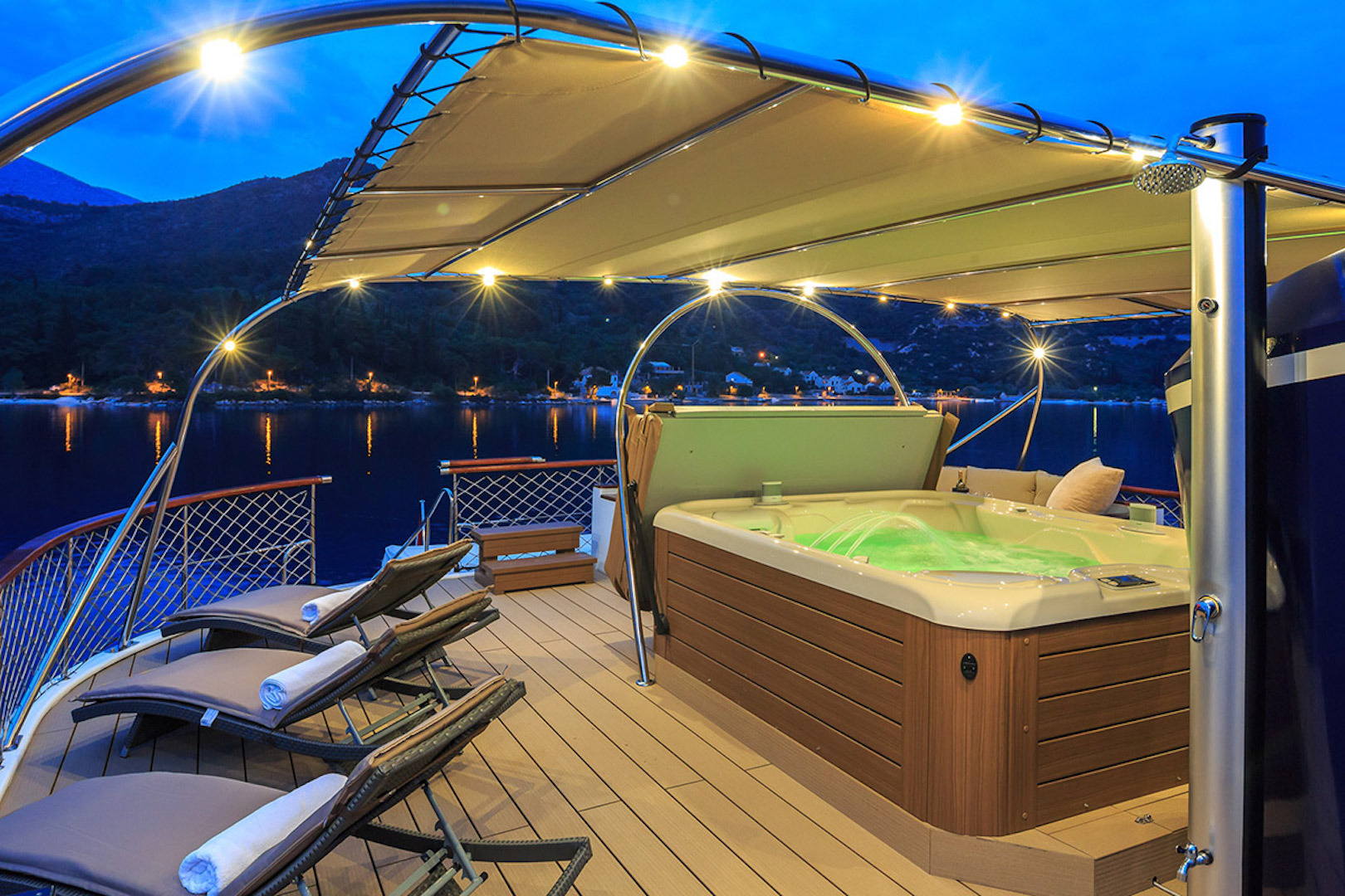 on board Jacuzzi by night