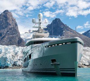 Superyacht CLOUDBREAK Reviewed