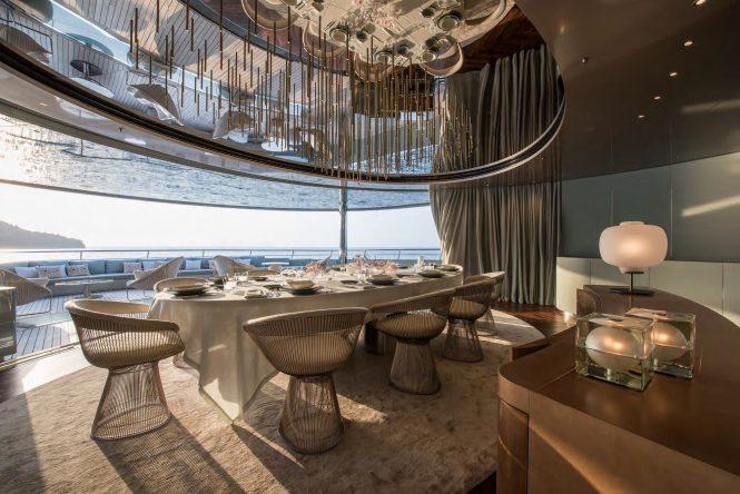 SAVANNAH luxurious indoor outdoor dining area - Photo Feadship
