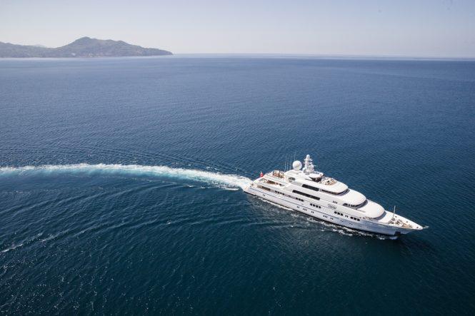 TITANIA cruising