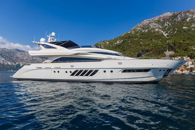 Lady Mura available for charters in Croatia