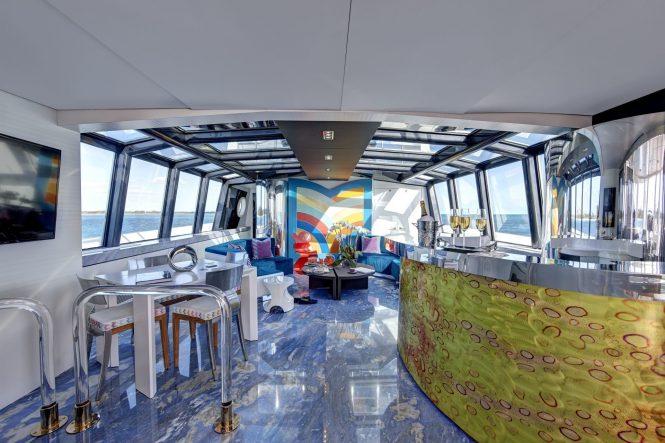 lounge and bar area aboard HIGHLANDER