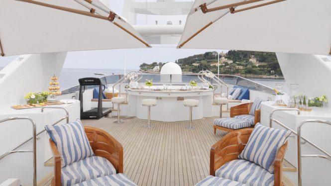 sun deck with Jacuzzi aboard BALAJU