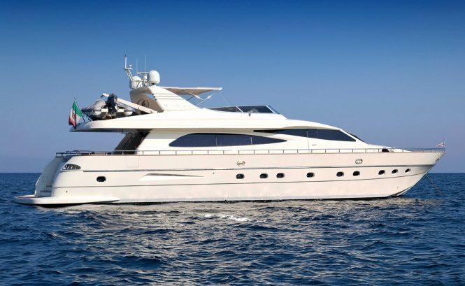 MALO' motor yacht