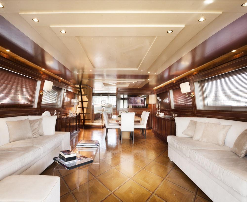 Saloon aboard MALO