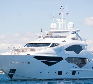 Unmissable charter deal with 40m Sunseeker superyacht JACOZAMI in France