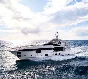 Robb Report 'Best of the Best' goes to AZIMUT GRANDE 35M - MR. OH