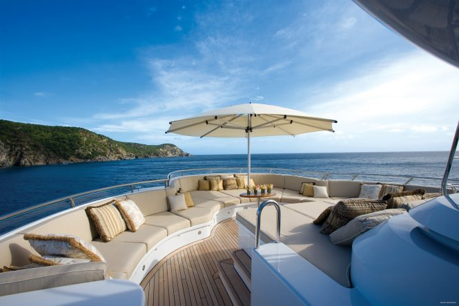 Exceptional sunbathing and relaxation areas throughout the entire yacht