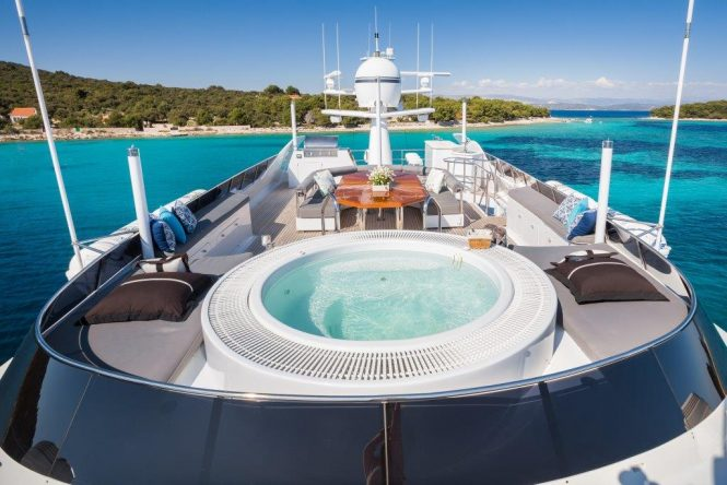 Fabulous sun deck ready to host guests for a truly amazing charter vacation