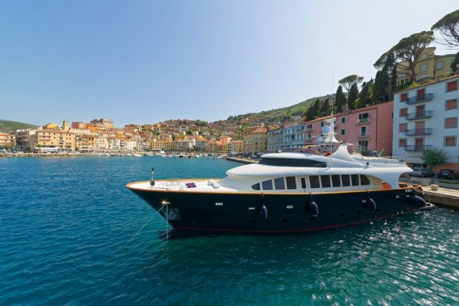 Luxury motor yacht BUGIA in Italy