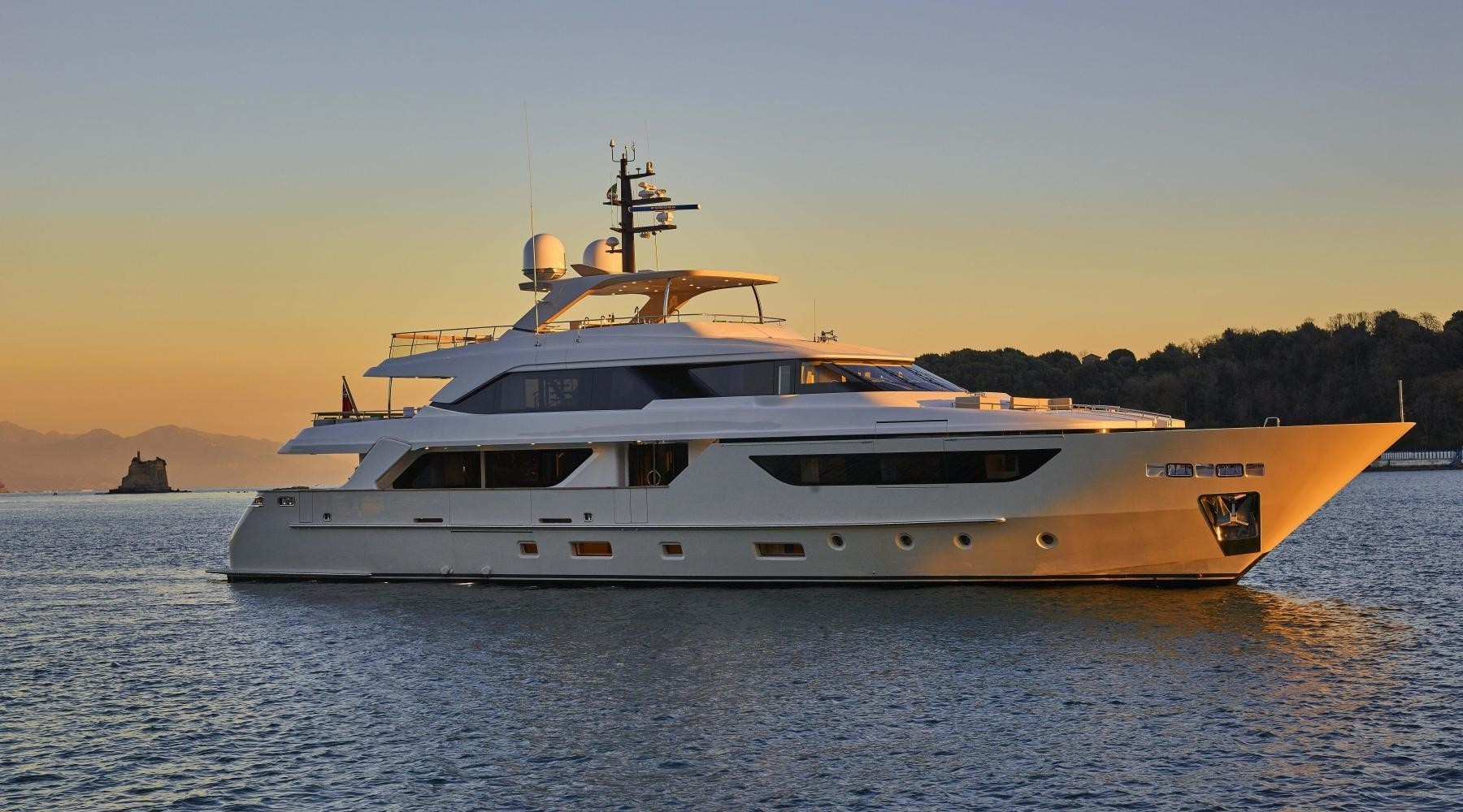 Luxury motor yacht TAKARA available for charter