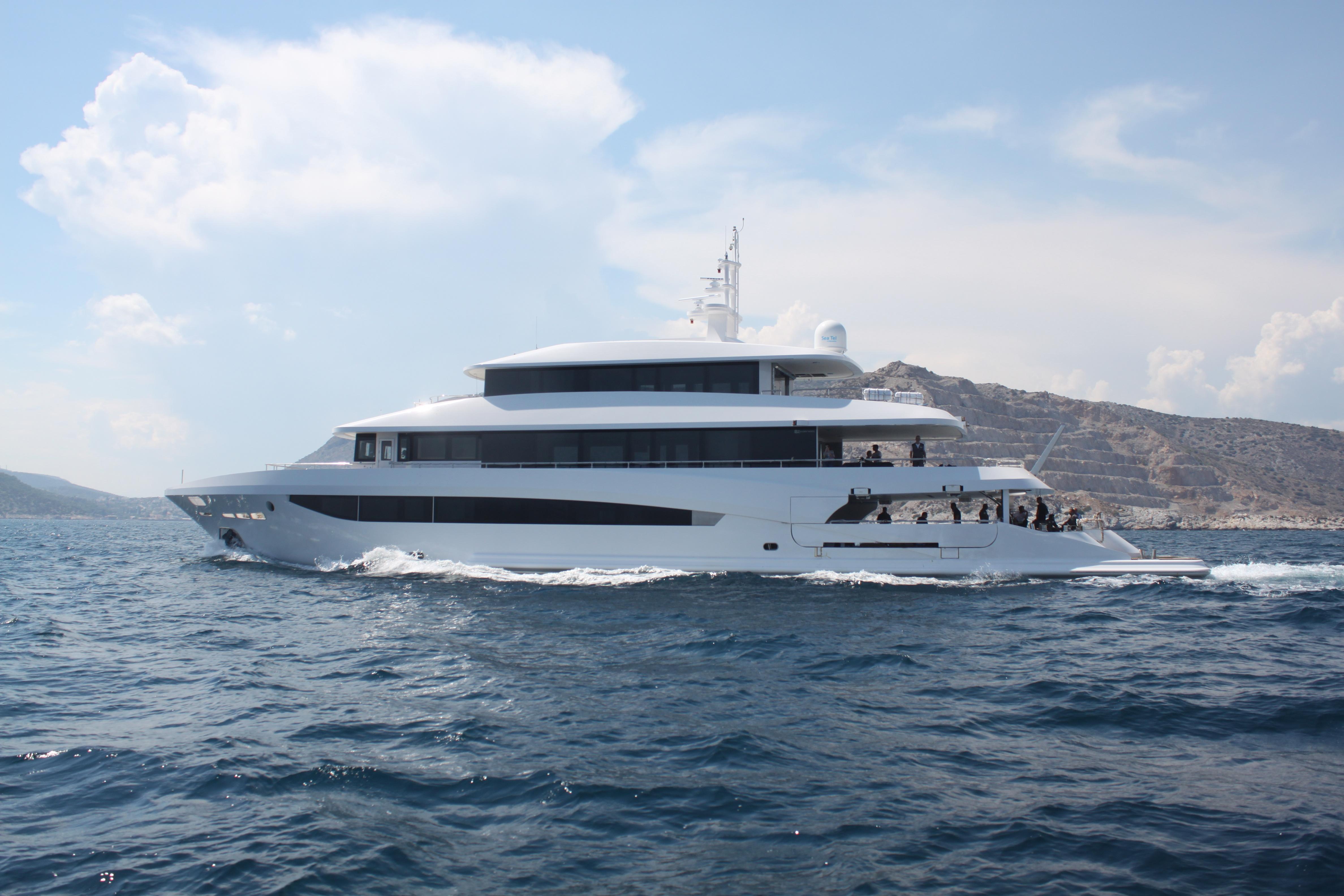 Motor yacht MY EDEN