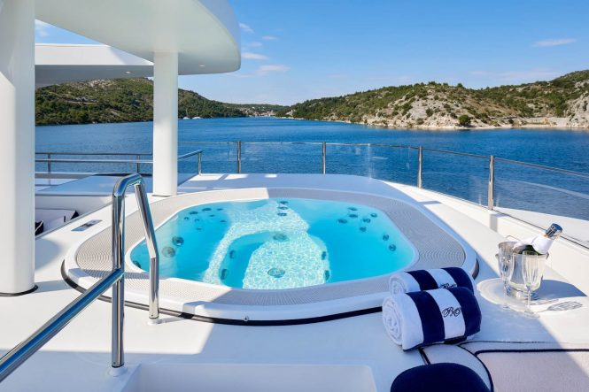 Onboard Jacuzzi for complete relaxation