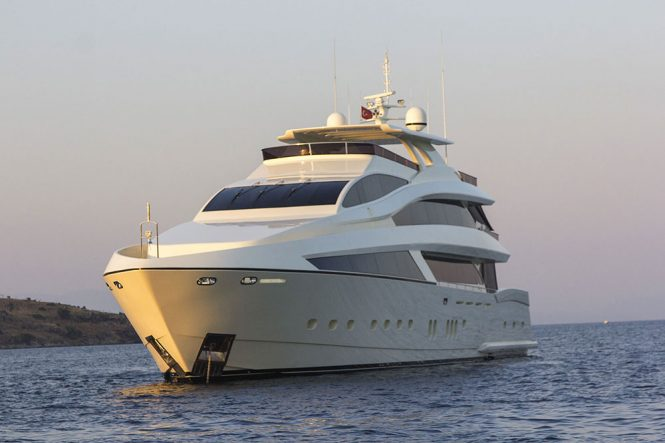 SKYLIGHT (ex CEYDAM) motor yacht - sistership to SKYLIGHT II currently under construction