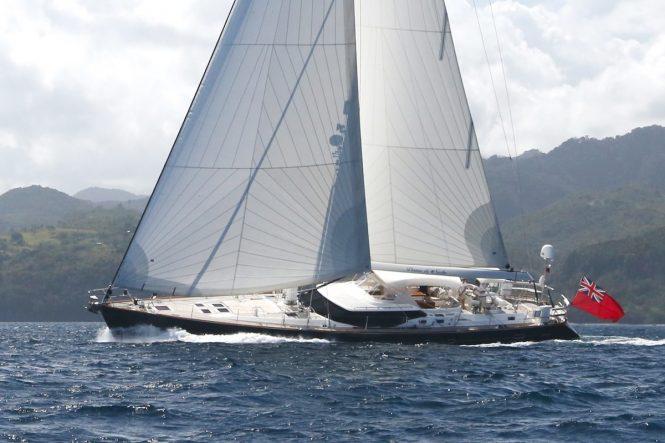 Sailing yacht DAMA DE NOCHE