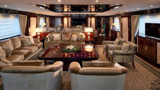 Sumptuous elegant interiors