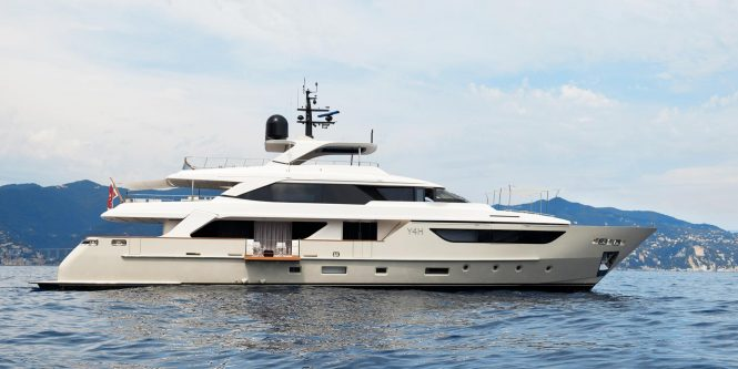 Y4H superyacht in the Mediterranean