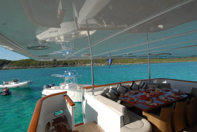 Aft deck with tenders