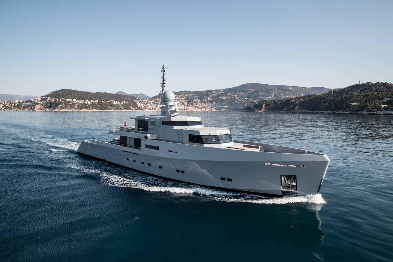 Cyclone, Tansu Yachts. Photo credit Jeff Brown