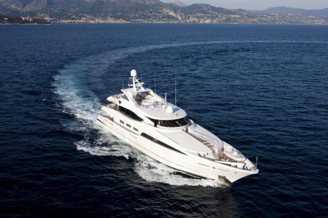 LA TANIA cruising the Mediterranean this summer