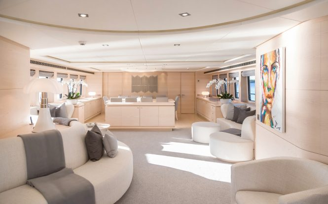 44m superyacht g3 offering 25 off weekly charters in for Inviting interiors