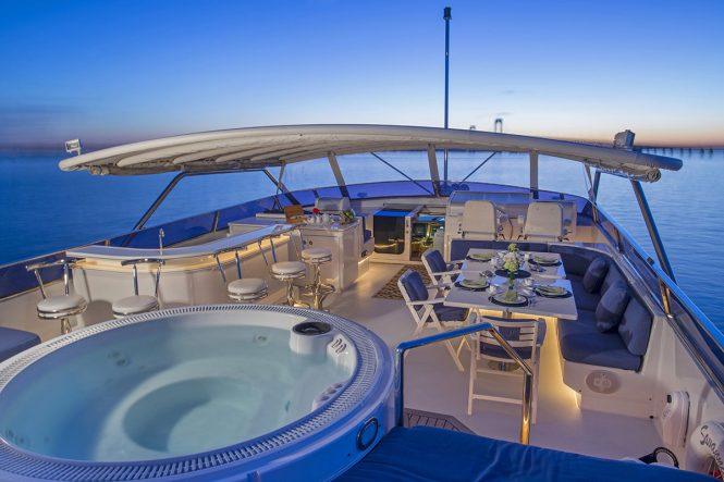 Savannah sun deck