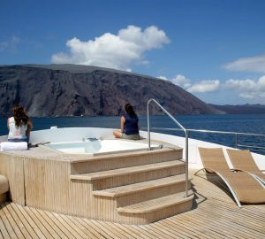42m INTEGRITY offering reduced superyacht charter rates in the Galapagos
