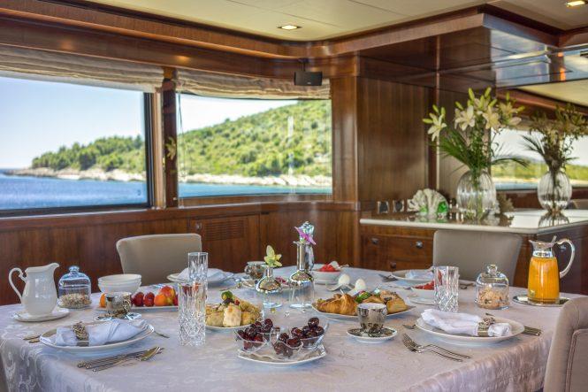 Breakfast in a luxurious setting aboard