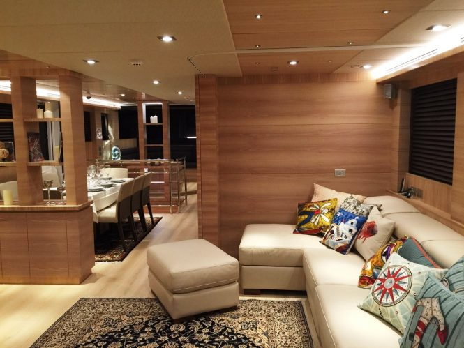 Welcoming interiors and comfortable saloon