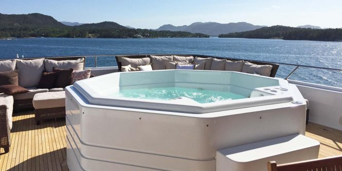 Jacuzzi on board