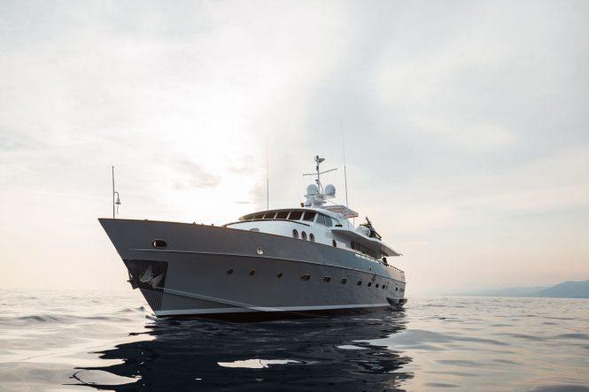 PAOLUCCI motor yacht