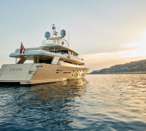 33m motor yacht DEVA offering charter special in Mallorca