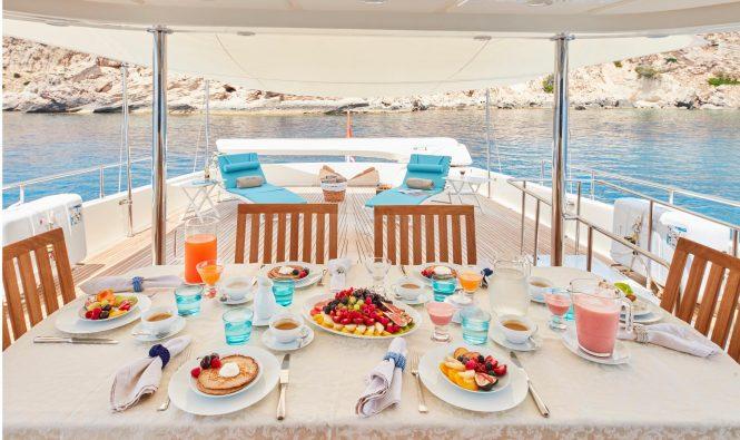 Aft deck offering alfresco dining option