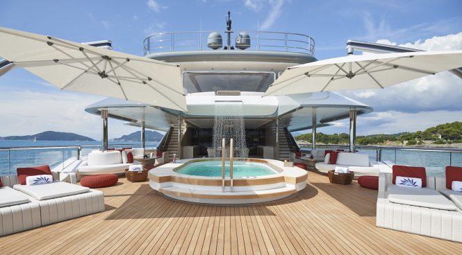 90m superyacht DAR amazing sun deck - Photo Francisco Martinez