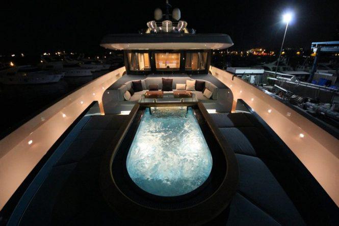 Amazing Jacuzzi deck
