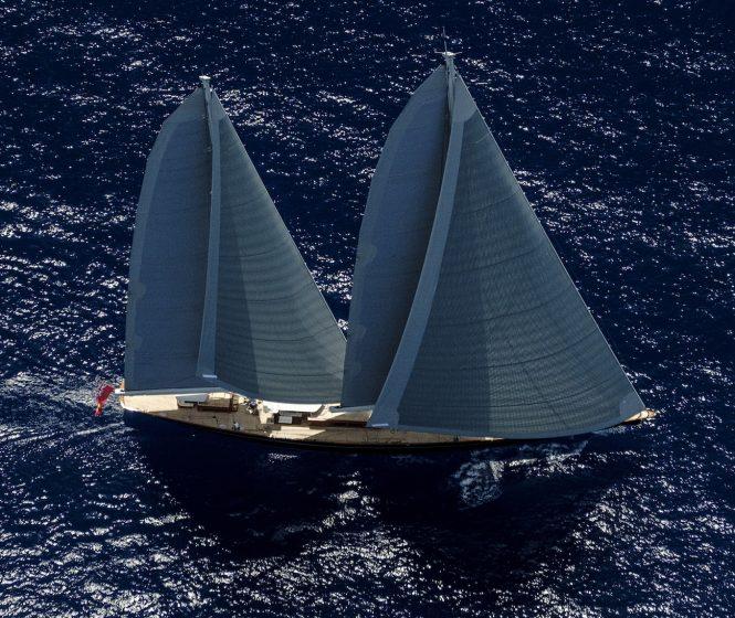 Aquarius staysail - Photo credit Carlo Baroncini